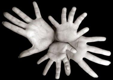 manos-vvvv